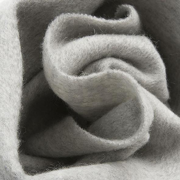 Теплый классический шерстяной палантин светло-серый меланж