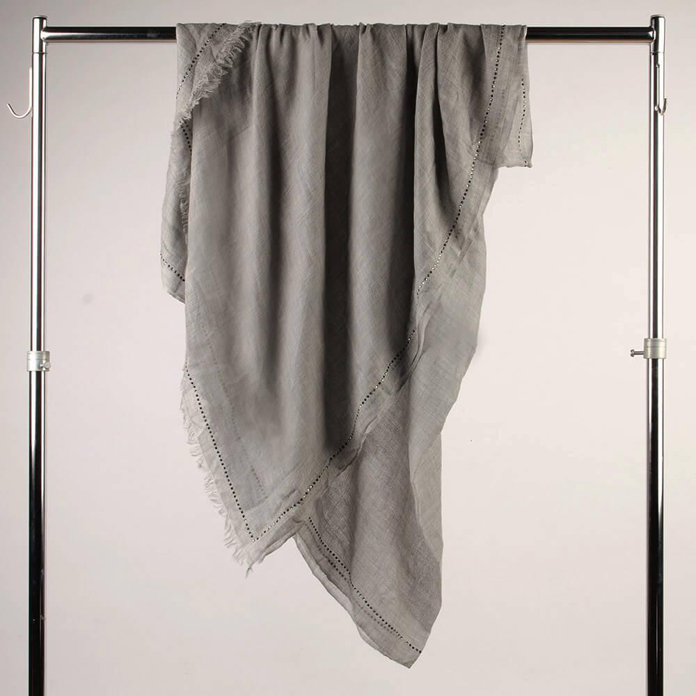 Итальянский кашемировый палантин серый, отделка кристаллами 963028